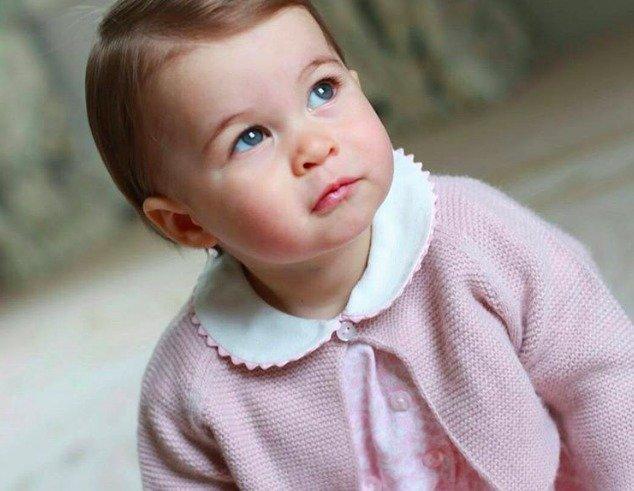 Принцессе Шарлотте исполнился годик