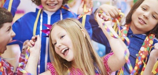 Лучшие новогодние сценарии для детской вечеринки