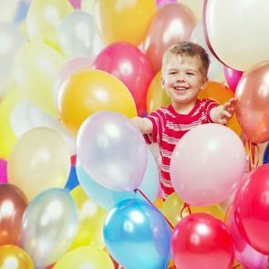 Весёлые игры с воздушными шарами