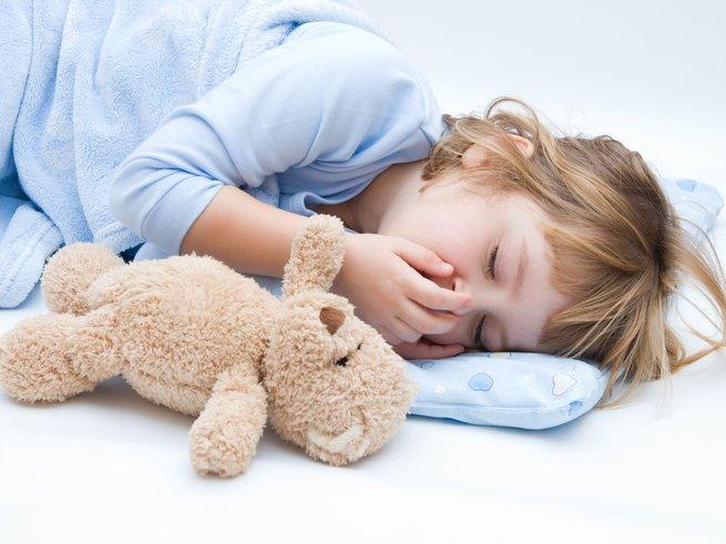 Ребенок задыхается ночью: что делать