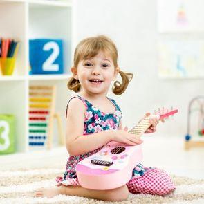Музыкальное воспитание: знакомим малыша с миром звуков