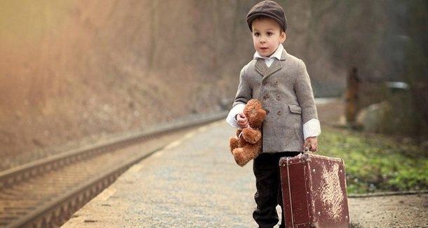 Если ваш ребёнок собирается за границу... Всё о документах