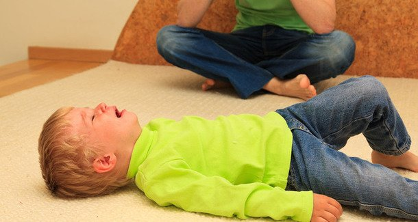 Плач и капризы у ребёнка в 1 год
