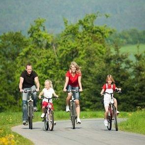 Сел и поехал! Как научить ребёнка кататься на велосипеде