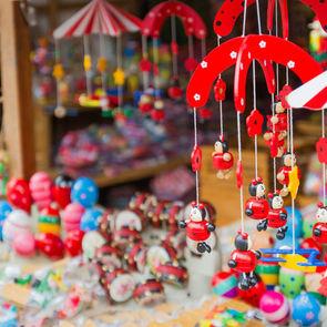 СМИ: К Новому году игрушки вырастут в цене