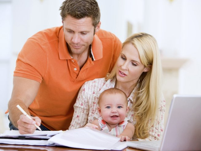 Материальная помощь при рождении ребенка от работодателя