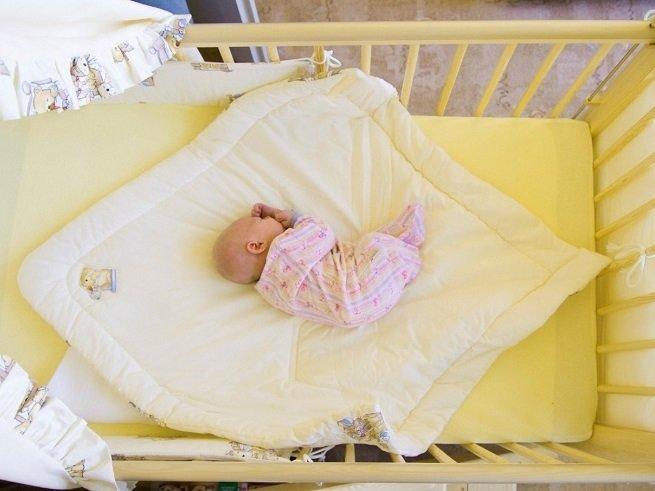 Как уложить ребёнка спать без укачивания