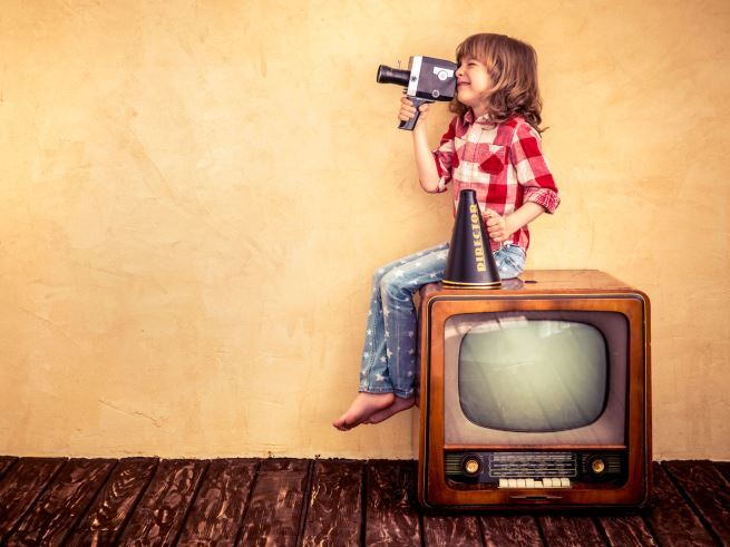 Как защитить ребёнка от телевизора