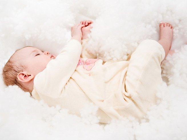 Что должен уметь делать ребенок в 1 месяц