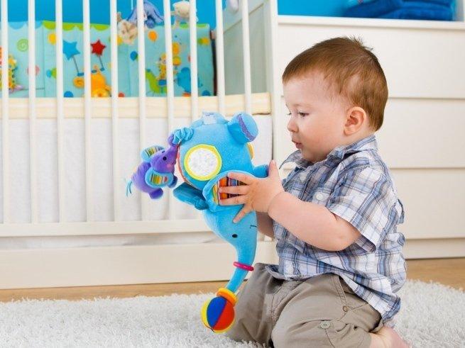 Развитие ребёнка в 1 год и 6 месяцев