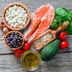 Названы самые полезные для женского здоровья продукты