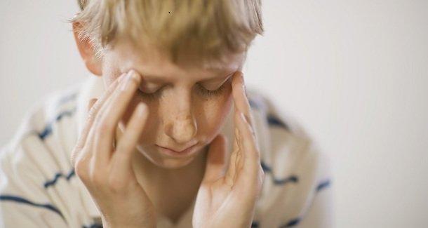 Частые головные боли у ребенка 8 лет: причины, лечение