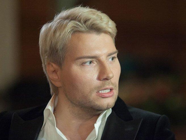 У Николая Баскова появилась виртуальная жена