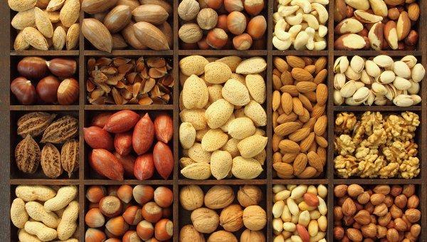 Орехи защищают от онкологии и сердечно-сосудистых заболеваний