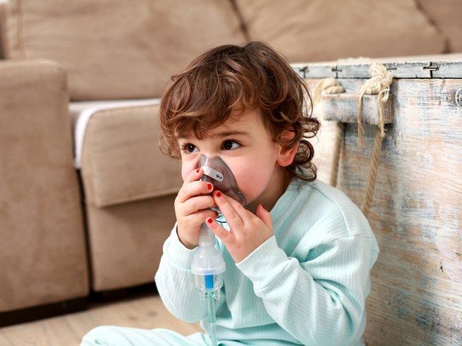 Ингаляции: когда и как их нужно делать ребёнку