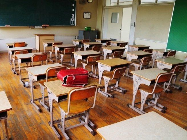 Конфликт с учителем в школе - как действовать
