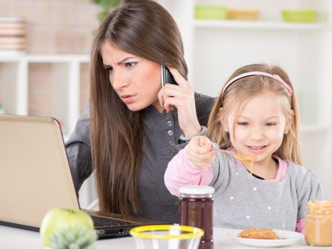 Работающая мама: правила общения с ребёнком