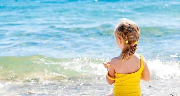 Как защитить малыша от солнца?