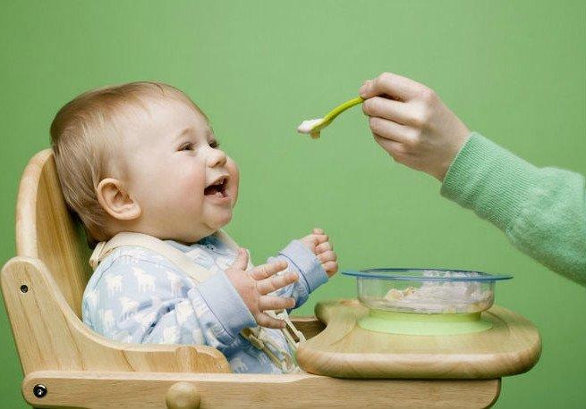 Какие каши можно ребенку в 6 месяцев