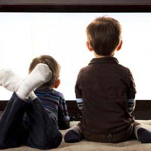 Ученые: мультфильмы вечером - залог плохого сна и ожирения у детей
