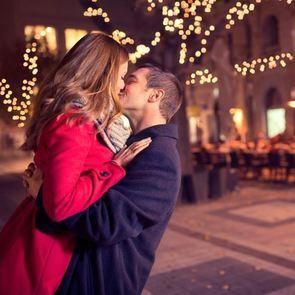 Как поддерживать романтику в браке?