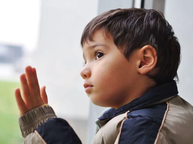 «Мама, не уходи!»: как расставаться с малышом без слез