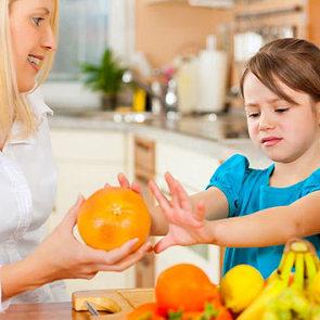 Учёные объяснили нелюбовь детей к овощам и фруктам