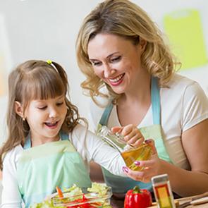 Минтруд: материнский капитал нельзя использовать для оплаты нянь