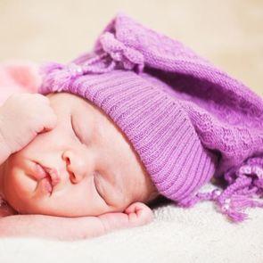 Таблица с нормами детского сна. Это реально облегчает жизнь!