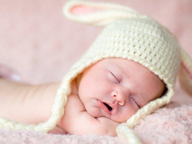 Как делать массаж ребёнку в 2 месяца?