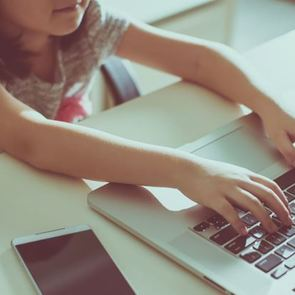 Ребёнок в соцсетях: техника безопасности