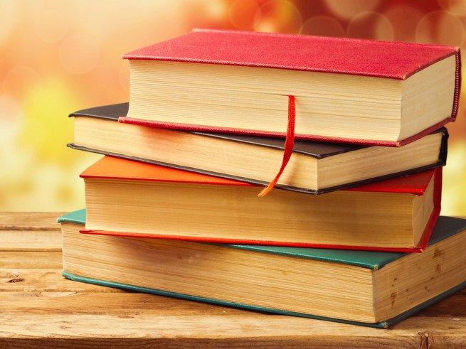 Учёные посоветовали читать бумажные книги