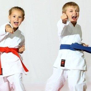 Гимнастика и зарядка для детей в 10 лет