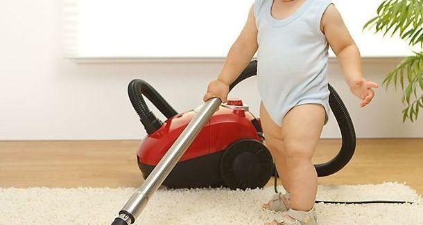 Мамин опыт: мой двухлетка — лучший помощник по хозяйству