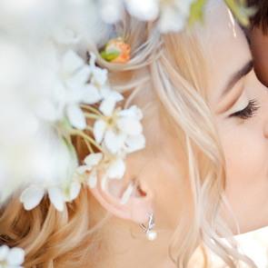 Учёные узнали, о чём говорит наклон головы при поцелуе
