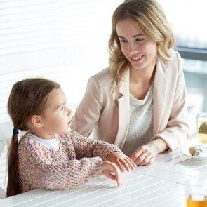 12 фраз, которые помогут наладить общение с ребёнком