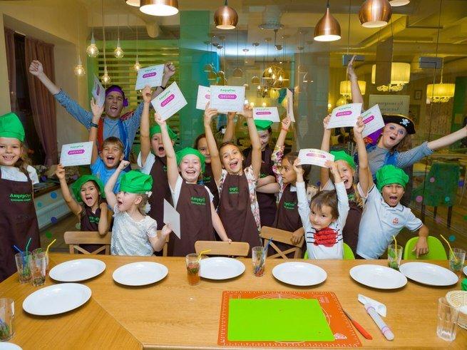5 лучших ресторанов для отдыха с детьми