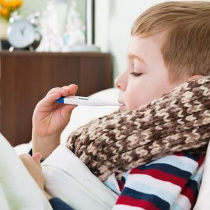 Боль в горле у ребёнка: как облегчить его состояние