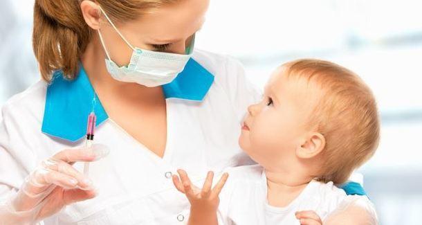 Популярные мифы о прививках