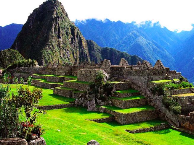 Школьник обнаружил неизвестный города майя