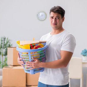 КОРОЧЕ: Мужчинам сложнее дается забота о ребенке