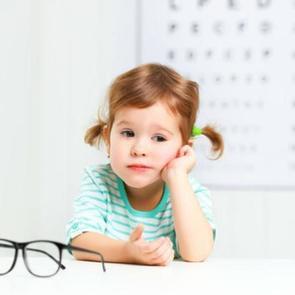 9 главных мифов о детском зрении