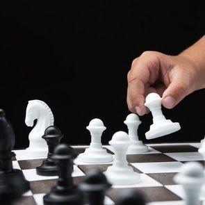 В начальной школе вводят обязательные занятия по шахматам