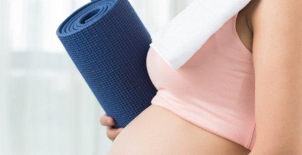 Йога для беременных: польза и вред