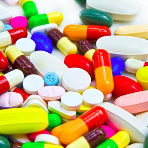 Фальшивых лекарств в России стало меньше