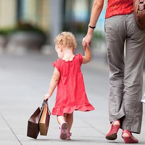 10 товаров, которые нужны всем молодым мамам (и их детям)