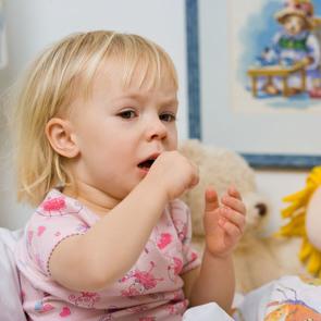 Ребенок кашляет и задыхается