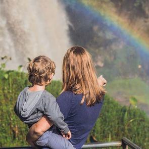 Тяжёлый разговор: как говорить с ребёнком о смерти