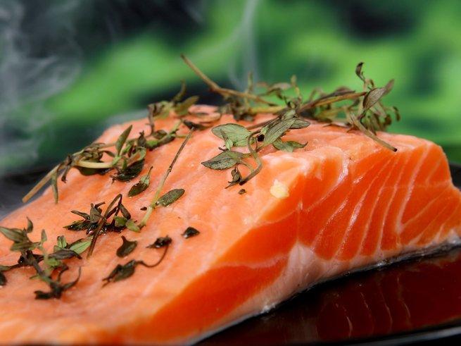 Как приготовить диетическое блюдо с помощью нежирных сортов рыбы