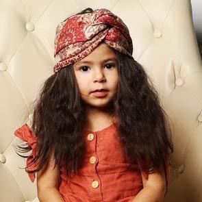 Двухлетняя австралийка стала известной моделью